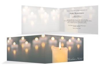 Trauerkarte mit Kerzenlichter